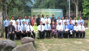 Photo 1 : Participants for 1st batch Arborist Certification Programme (ACP) in Malaysia.